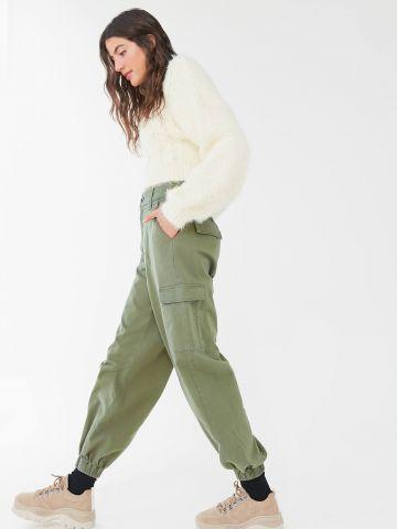 מכנסיים ארוכים בסגנון דגמ״ח עם גומי UO