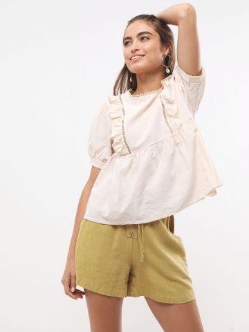 מכנסיים קצרים עם כפתורים וקשירה