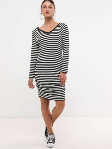 שמלת מיני בהדפס פסים עם כיווצים
