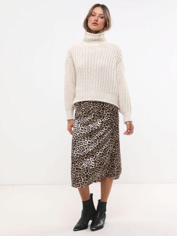 חצאית סאטן מידי בהדפס מנומר