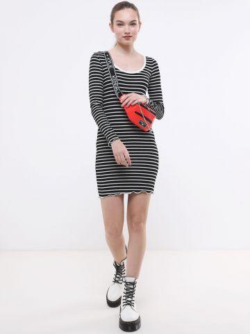 שמלת מיני ריב בהדפס פסים
