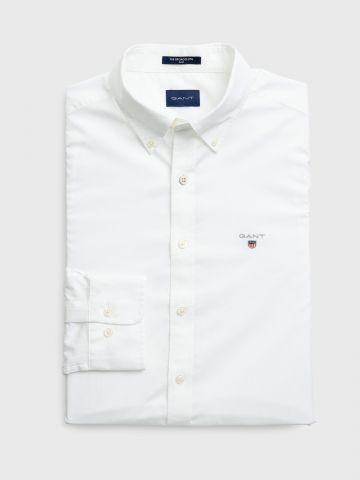 חולצה מכופתרת Slim עם רקמת לוגו /  גברים