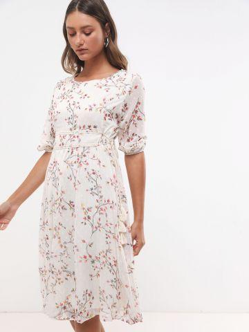 שמלת מידי בהדפס פרחים עם חגורת חבל בעיטור גדילים X ארבל