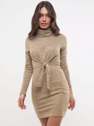 שמלת סריג גולף בדוגמת פסים עם קשירה