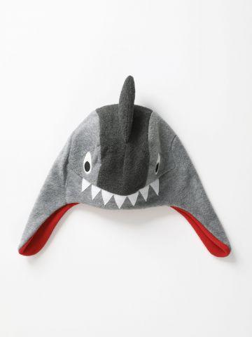 כובע דמוי צמר בדוגמת כריש / בנים