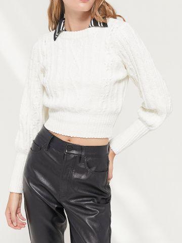 סוודר קרופ בדוגמה קלועה UO