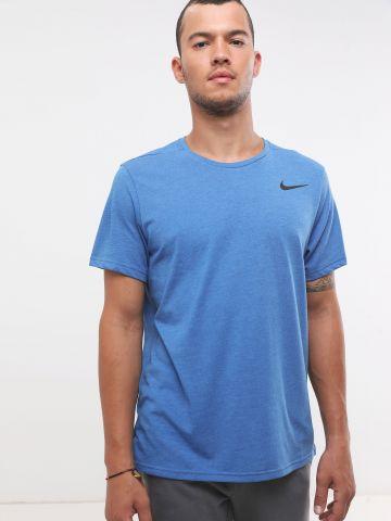 חולצת אימון Dri-Fit עם לוגו