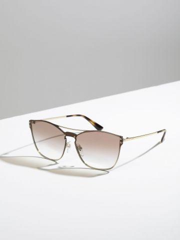 משקפי שמש עם עדשות אומברה