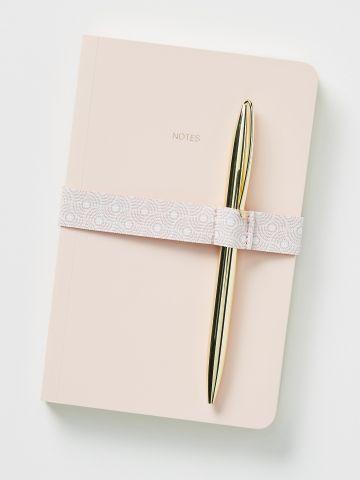 מחברת שורות עם עט