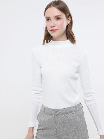 חולצת ריב עם צווארון גבוה
