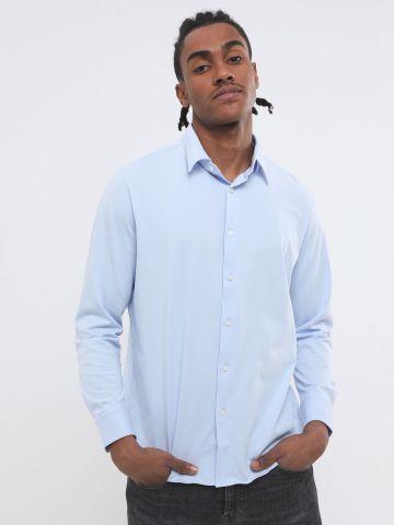 חולצה מכופתרת עם שרוולים ארוכים