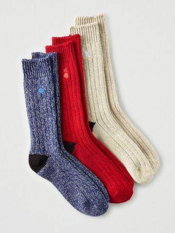 מארז 3 זוגות גרביים גבוהים עם רקמת לוגו / גברים