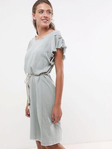 שמלת מידי עם קשירה ופרנזים