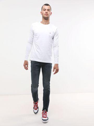 ג'ינס סקיני בשטיפה כהה עם כיסים