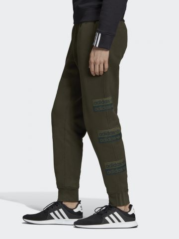 מכנסי טרנינג ארוכים עם פאצ'ים לוגו