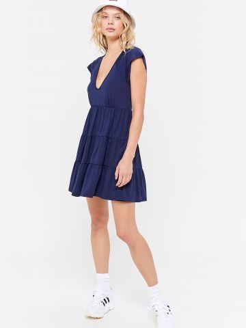 שמלת מיני קומות עם שרוולים קצרים UO