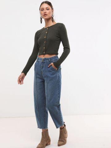 ג'ינס באגי עם תפרים דקורטיבים