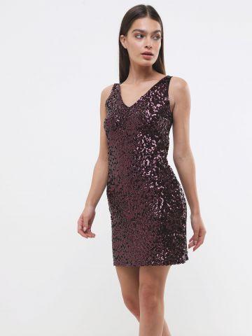 שמלת מיני פאייטים וי