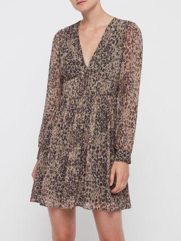 שמלת מיני בהדפס מנומר עם כיווצים