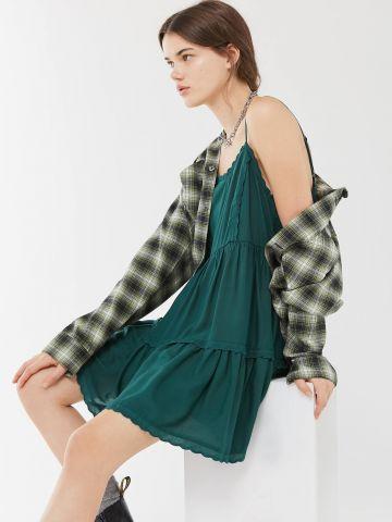שמלת קומות מיני חלקה UO של URBAN OUTFITTERS