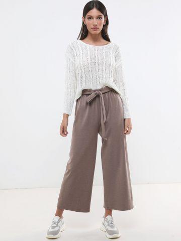 מכנסיים מתרחבים עם קשירה במותן