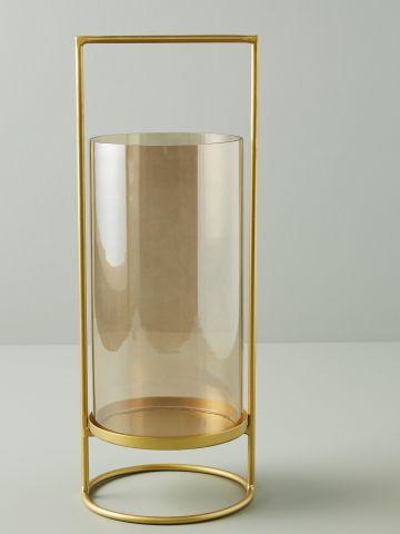 עששית מוזהבת עם זכוכית גיאומטרית
