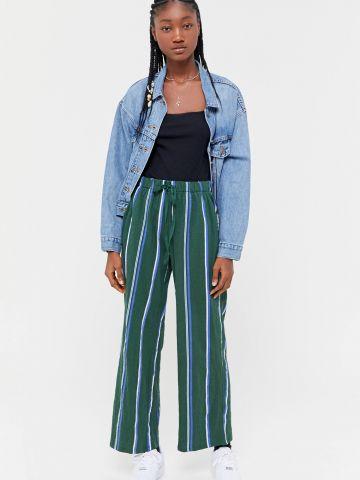 מכנסיים ארוכים בגזרה רחבה בהדפס פסים UO