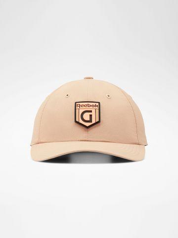 כובע מצחייה עם רקמת לוגו Gigi X