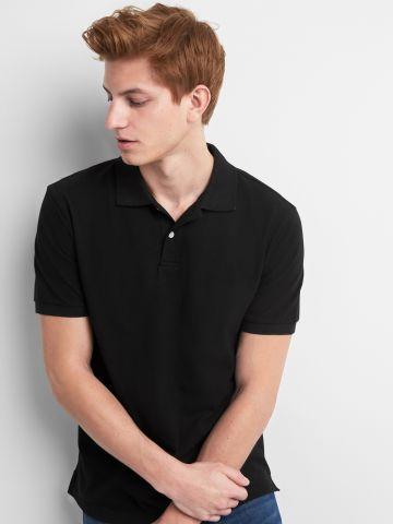 חולצת פולו חלקה עם כפתורים