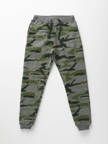 מכנסי טרנינג בהדפס קמופלאז' / בנים
