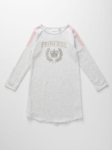 שמלת סווטשירט עם הדפס כיתוב מנצנץ / בנות