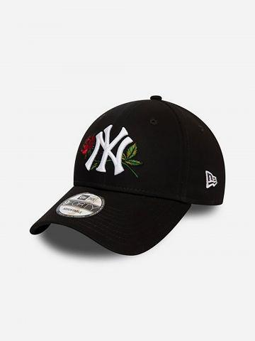 כובע מצחייה יאנקיז בשילוב פרחים