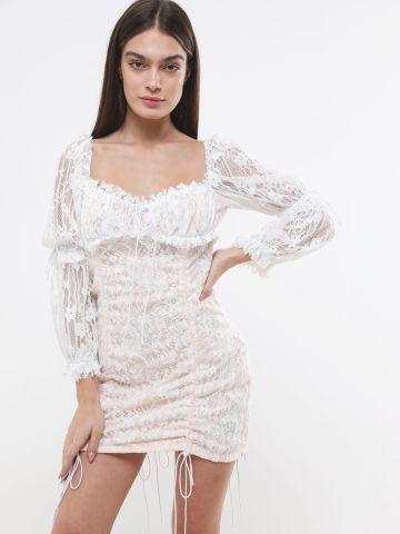 שמלת מיני תחרה עם שרוכי כיווץ