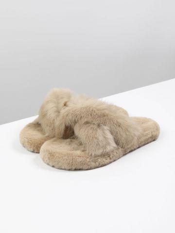 נעלי בית דמוי פרווה / נשים