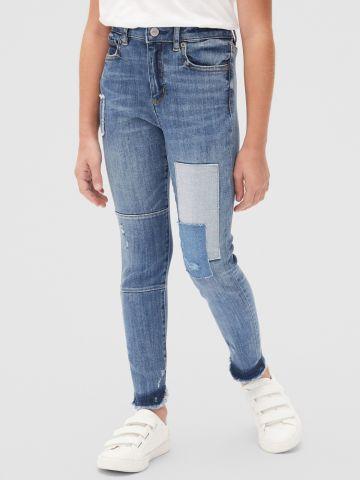 ג'ינס סטרץ' גבוה עם פאצ'ים