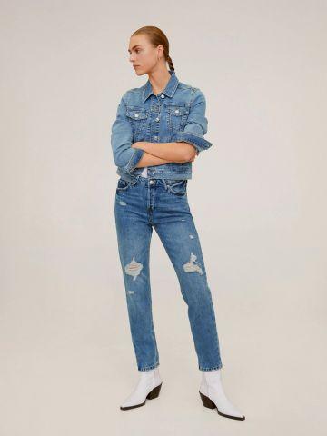 ג'ינס עם קרעים בגזרת Relaxed fit