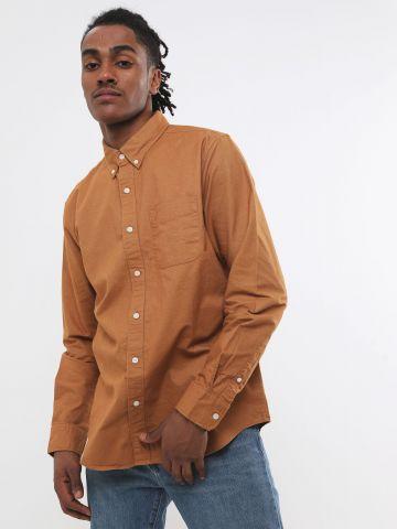 חולצה מכופתרת עם כיס ולוגו Classic Fit / גברים של AMERICAN EAGLE