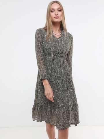 שמלת מידי קומות בהדפס עלים עם חגורת קשירה X ארבל