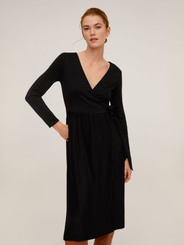 שמלת מעטפת עם חצאית פליסה