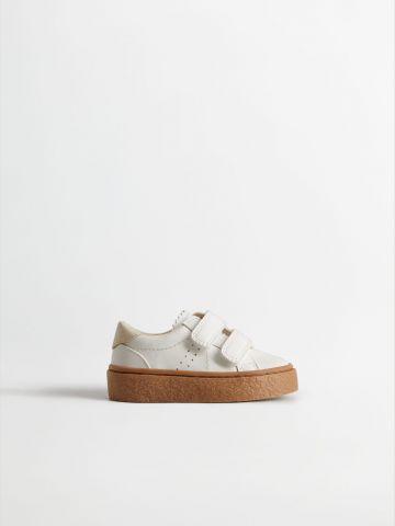 נעליים דמוי עור עם סקוצ'ים / בייבי בנים