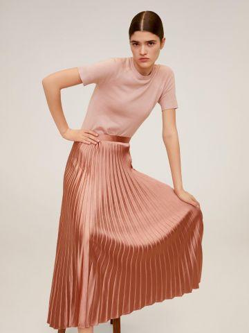 חצאית מידי פליסה בגימור סאטן של MANGO