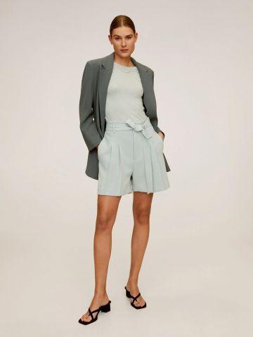 מכנסי קרפ קצרים עם חגורה