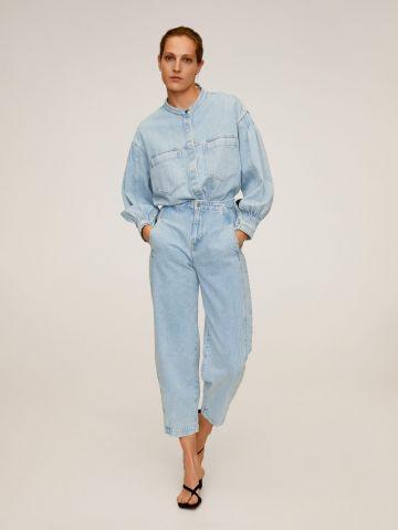 ג'ינס קרופ בשטיפה בהירה בשילוב תפרים דקורטיבים