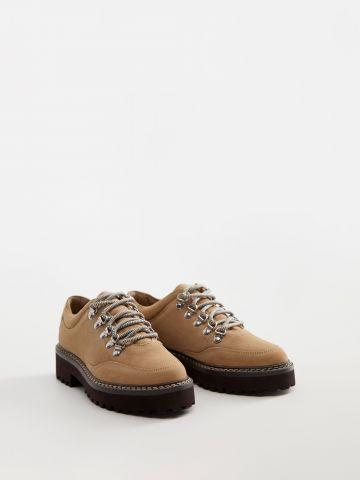 נעלי פלטפורמה זמש עם שרוכים