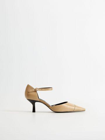 נעלי עקב מעור עם רצועת קרסול