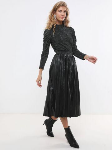 חצאית פליסה דמוי עור מידי