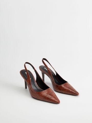 נעלי עקב דמוי עור תנין של MANGO