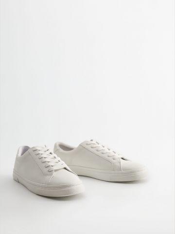 נעלי סניקרס בייסיק דמוי עור / נשים