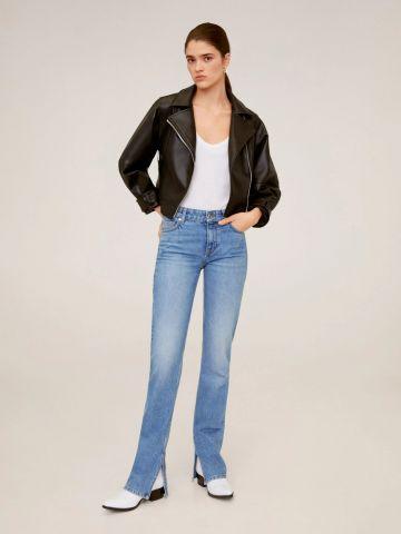 ג'ינס בגזרה ישרה בשילוב שסע