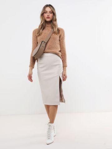 חצאית מידי דמוי עור עם שסע